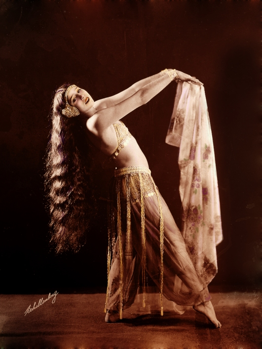 flapper belly dancer